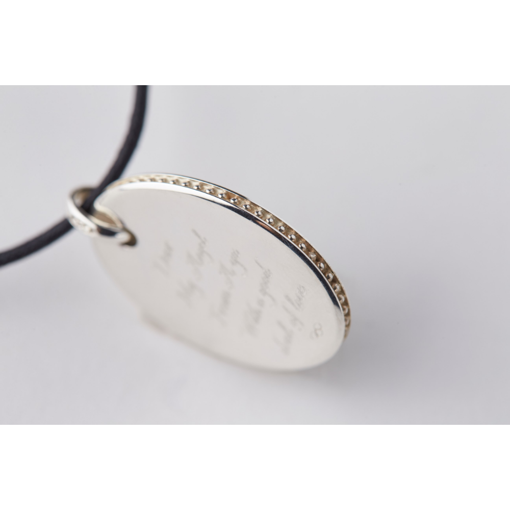 LINKS OF LONDON × AYAKA HIRAHARA   Oval Disk Pendant(ブラックコード付き)